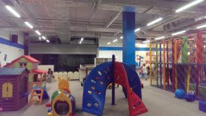 sala z zabawami dla dzieci