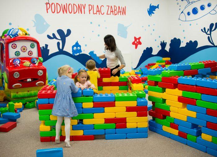 Wakacyjne godziny otwarcia sali zabaw